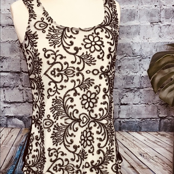 Maurices Tops - Maurice's Embroidered Sleeveless Mesh Lined Top M